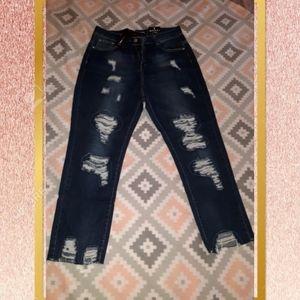 NWT Distressed Boyfriend Jeans